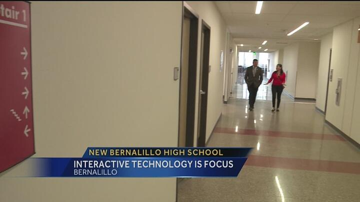 img-New-Bernalillo-High-School-s-interactive-technology-focus